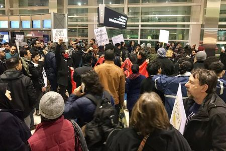 january_2017_dtw_emergency_protest_against_muslim_ban_
