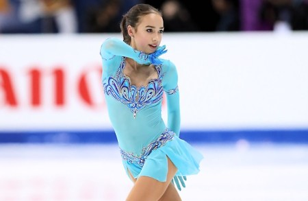Russia's Alina Zagitova performs her short program at the 2016-17 Junior Grand Prix Final.