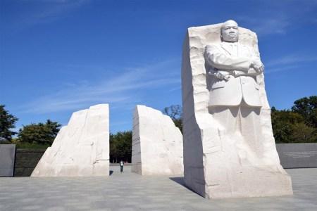 30848a6a-1834-41bc-ab48-efb9ee9b023c-MLK-monument