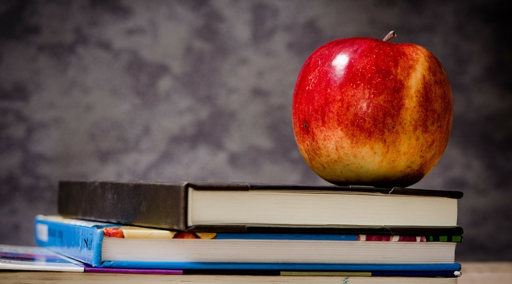 apple-chalkboard-books-2