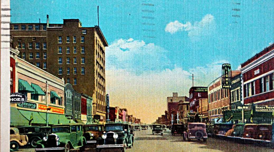 Main Street, Hutchinson Kansas 2015-02-08 16.21.02