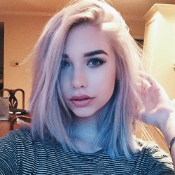 Amanda Steele Bio, Height, Wiki, Married, Net worth, Affair, Boyfriend, Career, Sister