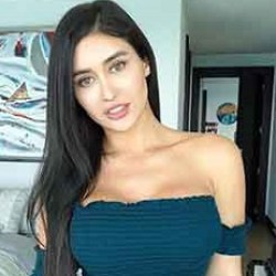 Joselyn Cano Bio, Wiki, Age, Height, Married, Boyfriend, Dating, Parents, Ethnicity, Net Worth