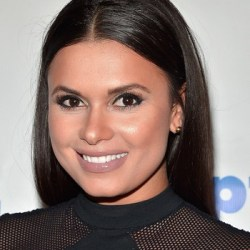 Joy Taylor Bio, Wiki, Married, Husband, Nationality, Net worth, Parents, Wedding
