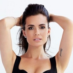 Torrey DeVitto Bio, Wiki, Age, Height, Married, Husband, Boyfriend, Dating, Parents, Ethnicity, Net Worth, Children