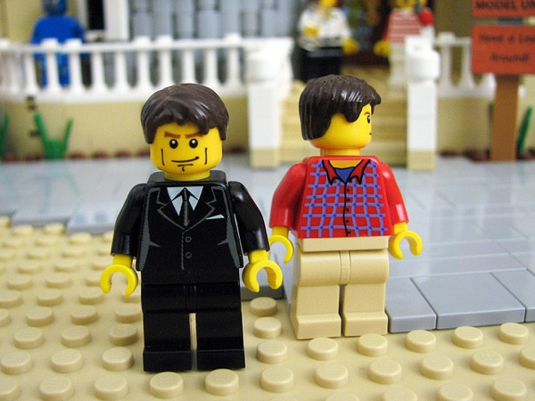 arrested-development-legos-2