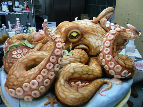 epic-cakes-you-would-never-want-to-eat-wildammo (16)