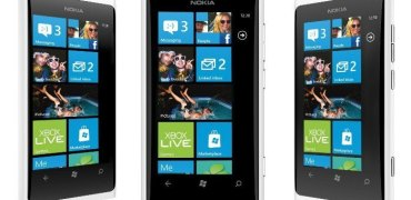 White-Nokia-Lumia-800