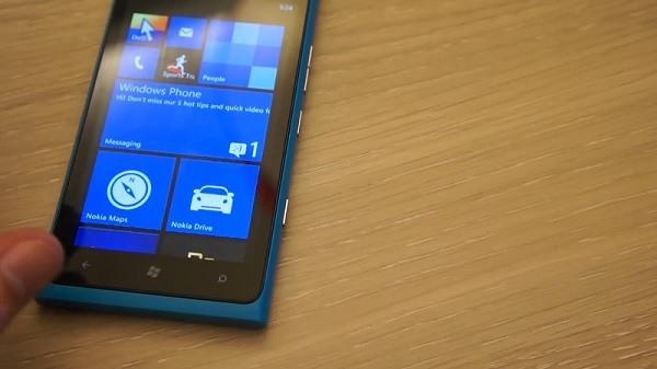 Windows Phone 7.8 auf Nokia Lumia 900
