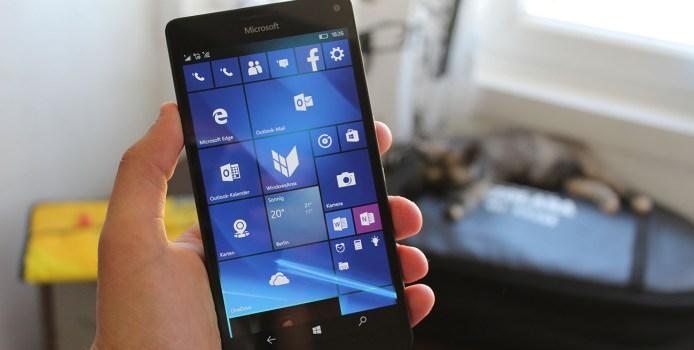 Microsoft soll 2017 mehrere Flaggschiff-Smartphones mit Windows 10 Mobile präsentieren