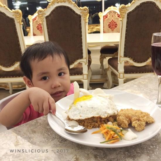 Nasi goreng untuk Eci Hotel Myko