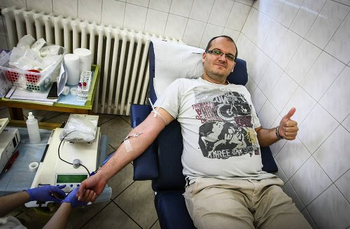 Photo: One of nearly 200 persons who donated blood to Akeem Adams.