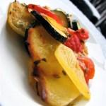 Zapiekanka warzywna z parmezanem i mozzarellą