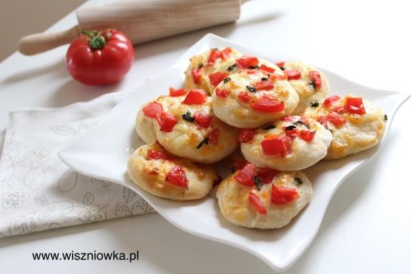 Piknikowe mini pizze.