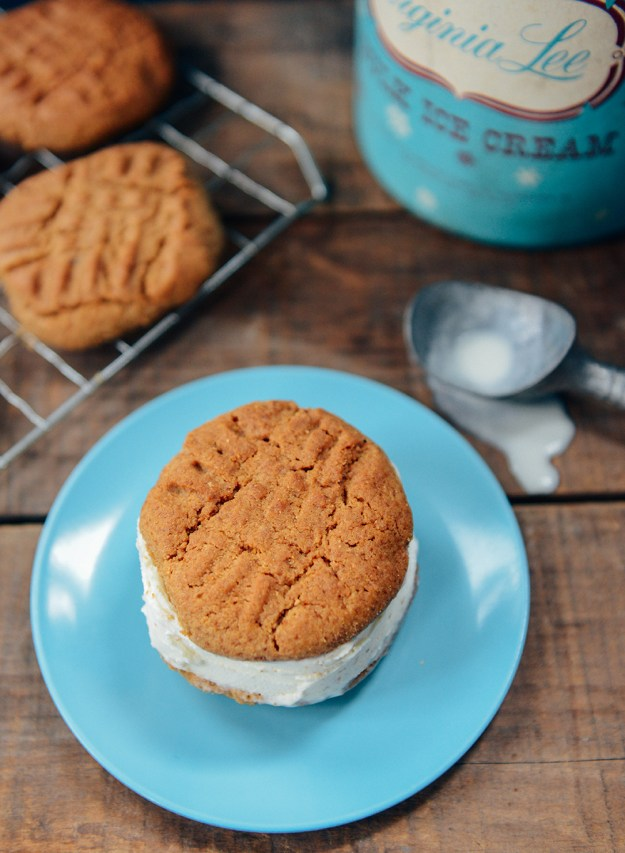 Sprouted Spelt Peanut Butter Cookies for Ice Cream Sandwiches // www.WithTheGrains.com