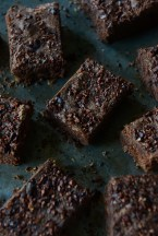 08 craque-brownies-by-with-the-grains-02