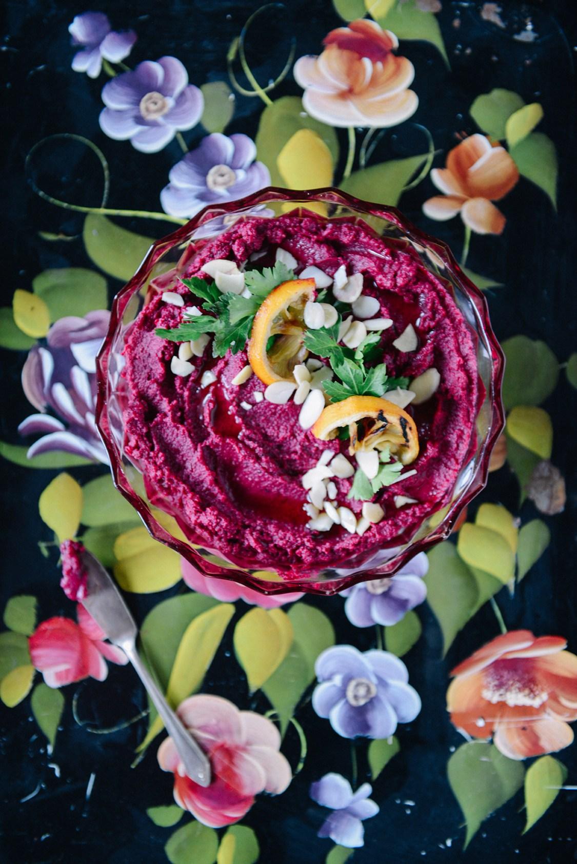 Roasted Beet Hummus (Vegan) // www.WithTheGrains.com
