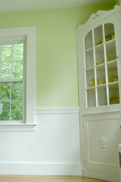 An Inspired Dining Room And Beadboard Wallpaper Returns