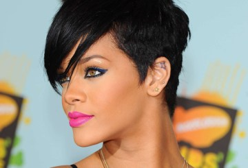 rihanna curly hairstyles