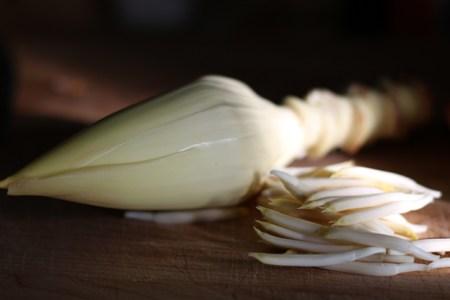 Banana Blossom: Peeled