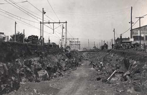 Earthworks between Footscray and Middle Footscray stations, 1927