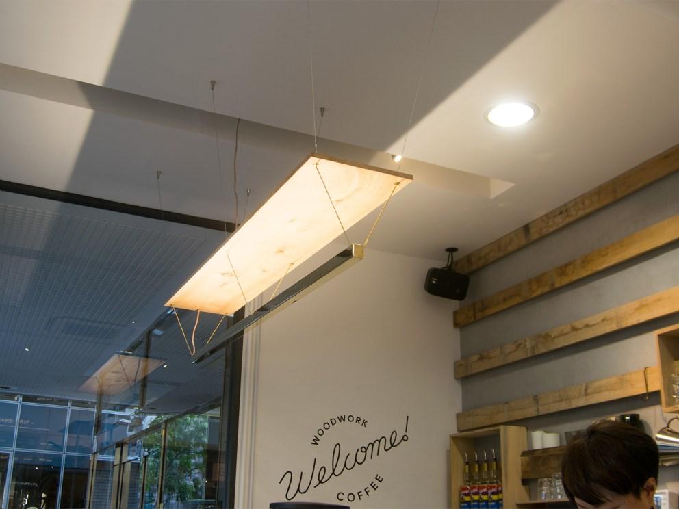 WOODWORK Welcome COFFEE カウンター上のオリジナル照明