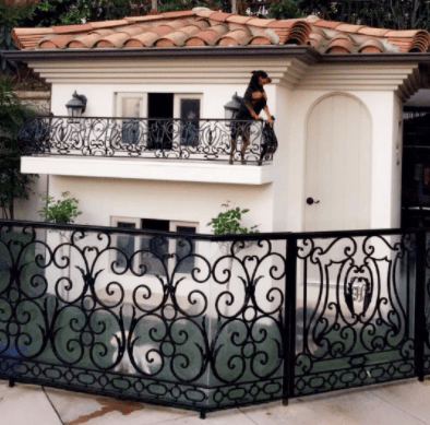 Paris Hilton Dog Mansion 2