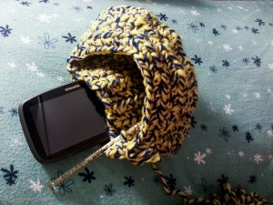 Pochette au crochet pour mon GPS - handbag in crochet for my GPS (4)