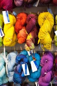 Knitting bee - Rose City Yarn Crawl-2