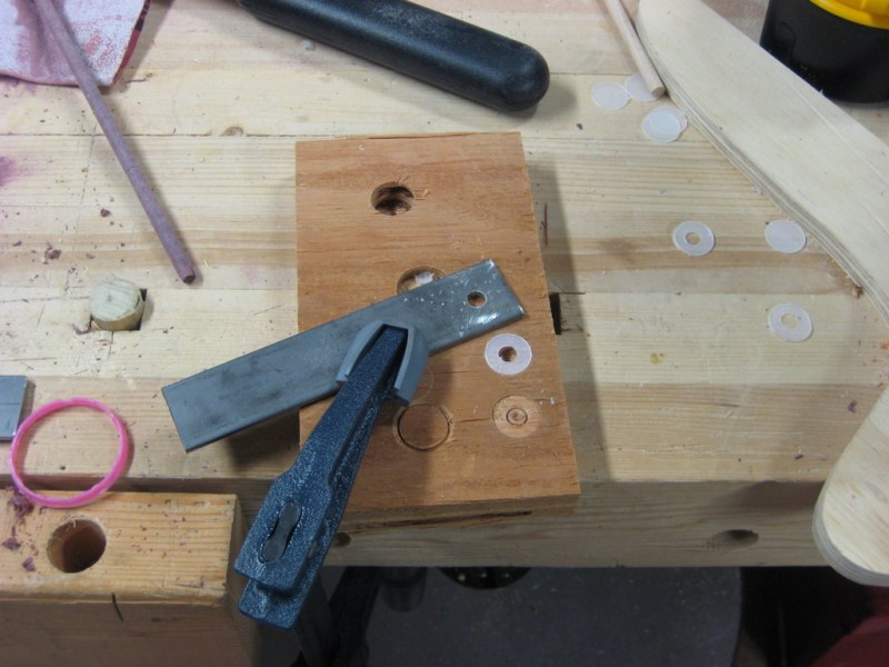 Guide for centering the hole