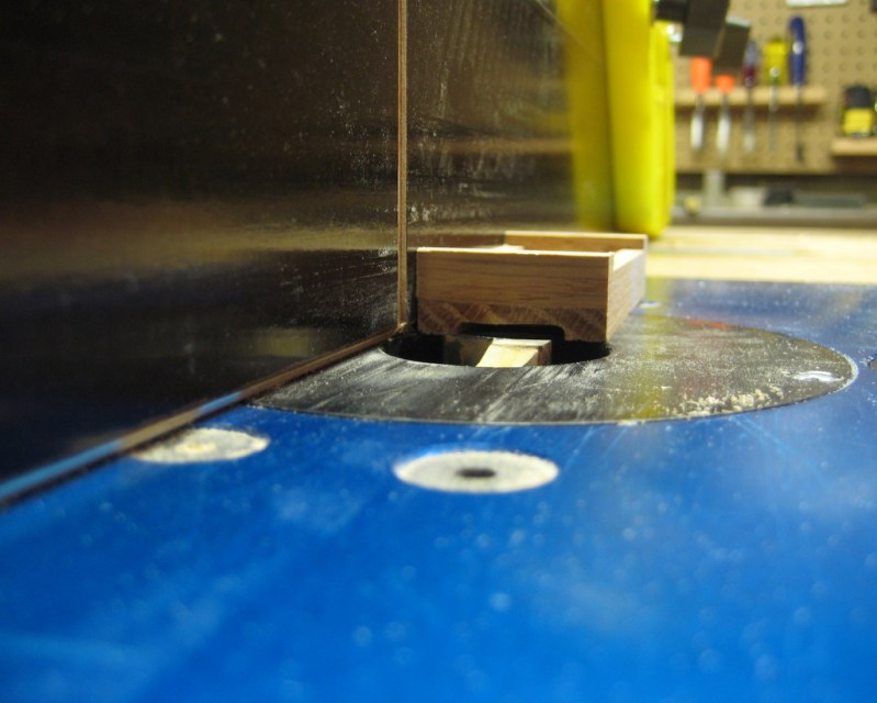 Milling a groove on the bottom of the bed to center the chassis