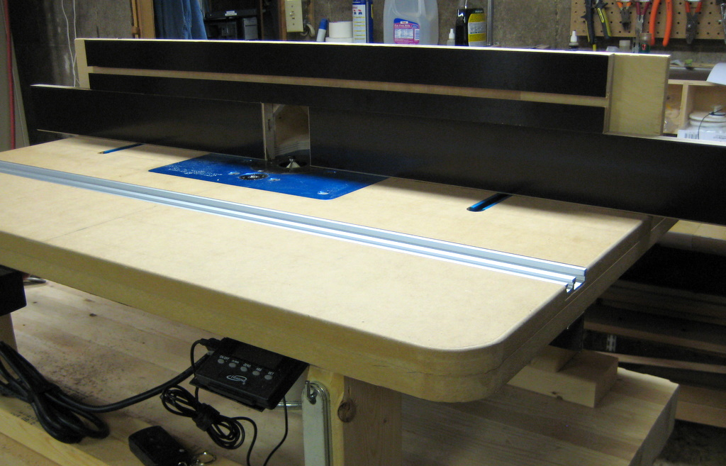 New router table fence the face bens workshop on the top part of the fence i have one stationary 32 piece with a t slot for attaching greentooth Image collections