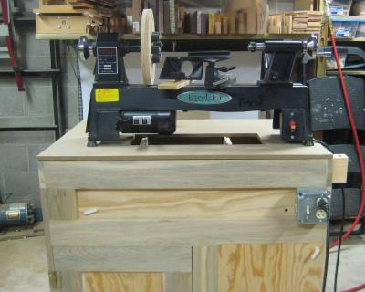 17) Lathe debris catching top