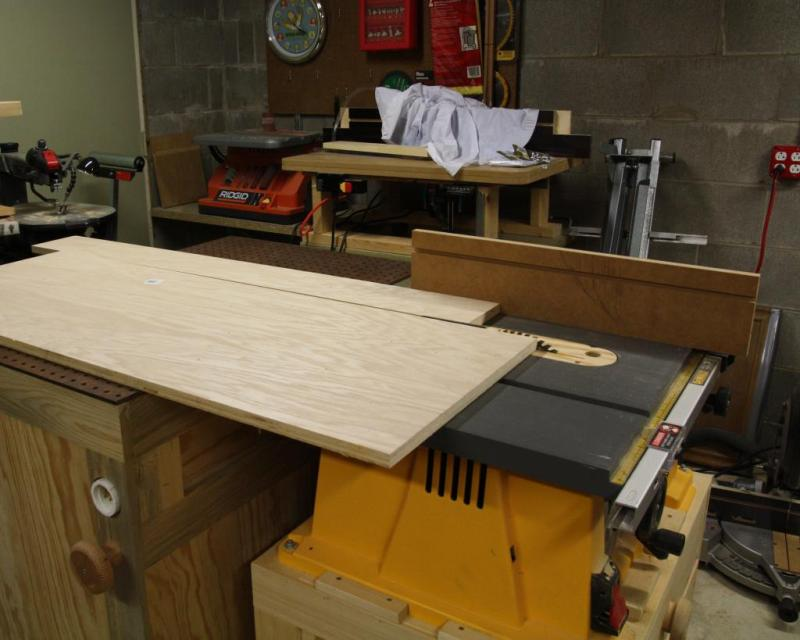 1 - Sawing the frame pieces from a 2x4 Oak handy panel