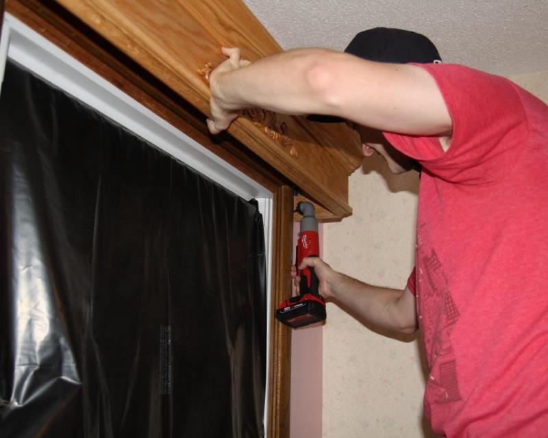 14 - Installing the valances