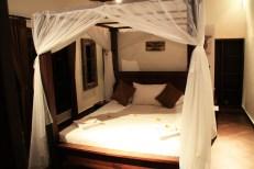 Puri Mangga Jungle House Bed