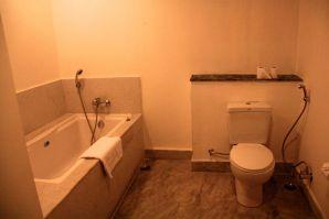 Bhutan Suites Bathroom