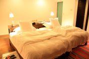 Titilaka Dusk Room Bed