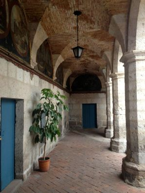 Monasterio Di Santa Catalina Archway