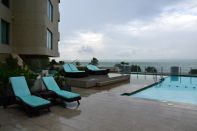 Crowne Plaza Santo Domingo Pool 2