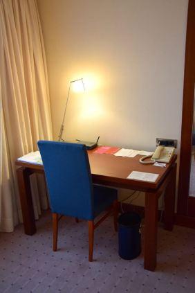 Westin Zagreb Room Desk