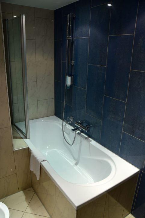Austria Trend Hotel Room Bath