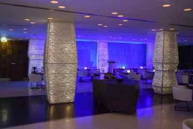 Londa Beach Hotel Lobby Bar