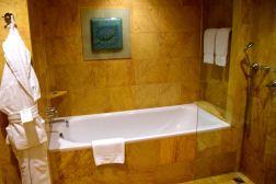Regent Warsaw Bath Tub