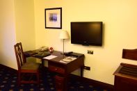 Sarova Stanley Room Desk