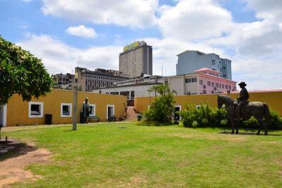 Maputo Fort Statue