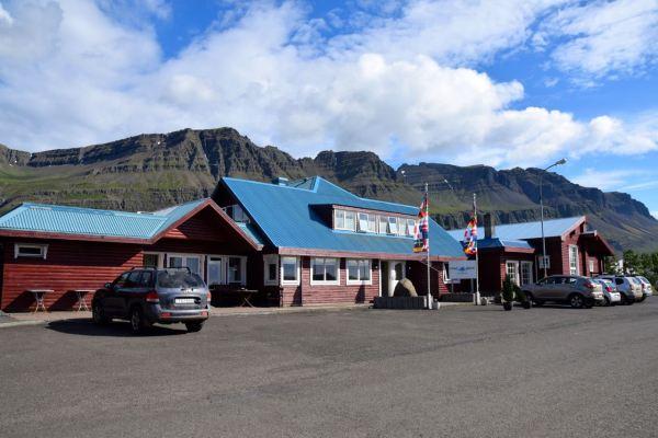 Hotel Blafell Exterior