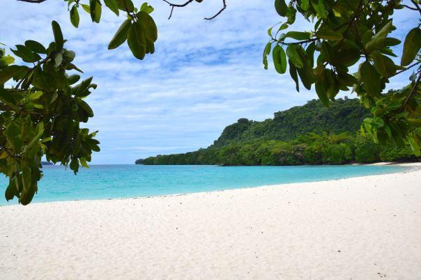 Santo Champagne Beach