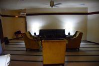 RLJ Kendeja Resort Room Lounge