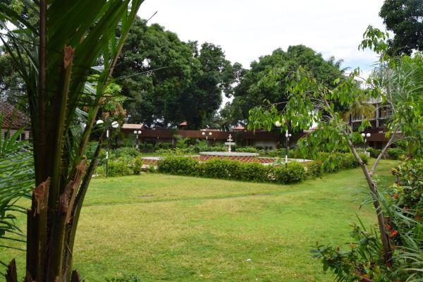 Riviera Royal Hotel Garden